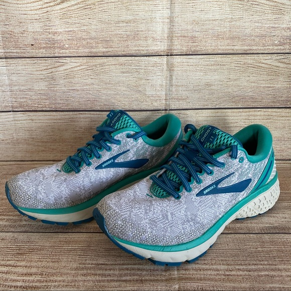 BROOKS Ghost 11 Running Shoes Sneakers Gray Green